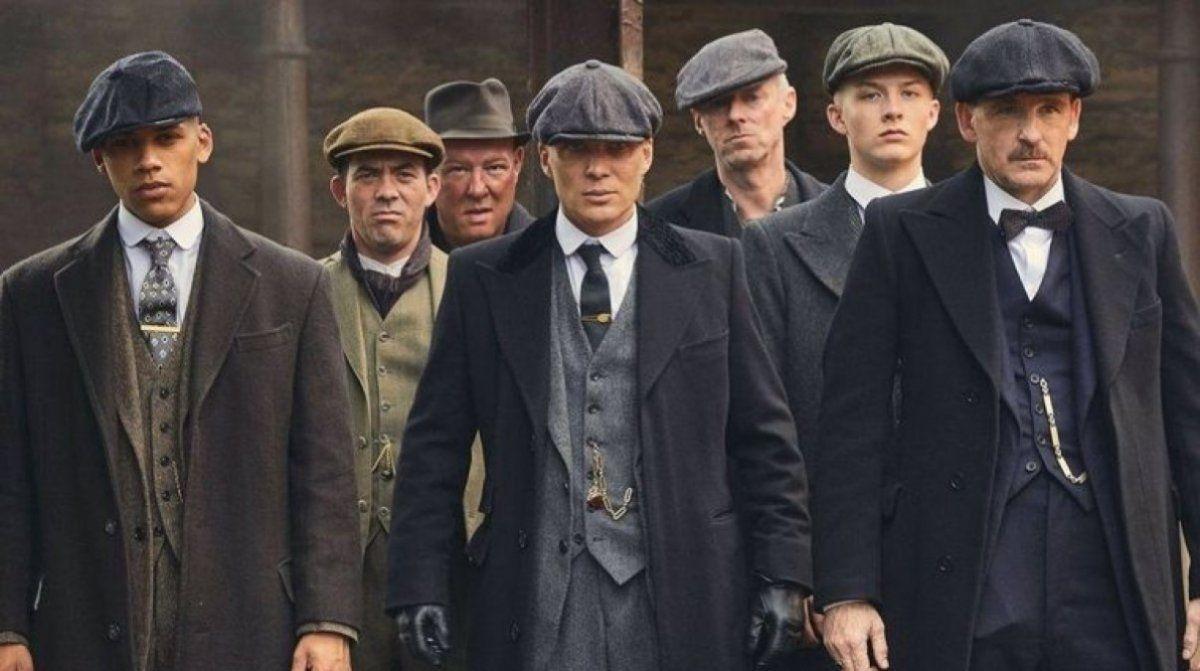 La exitosa serie Peaky Blinders tendrá una película.