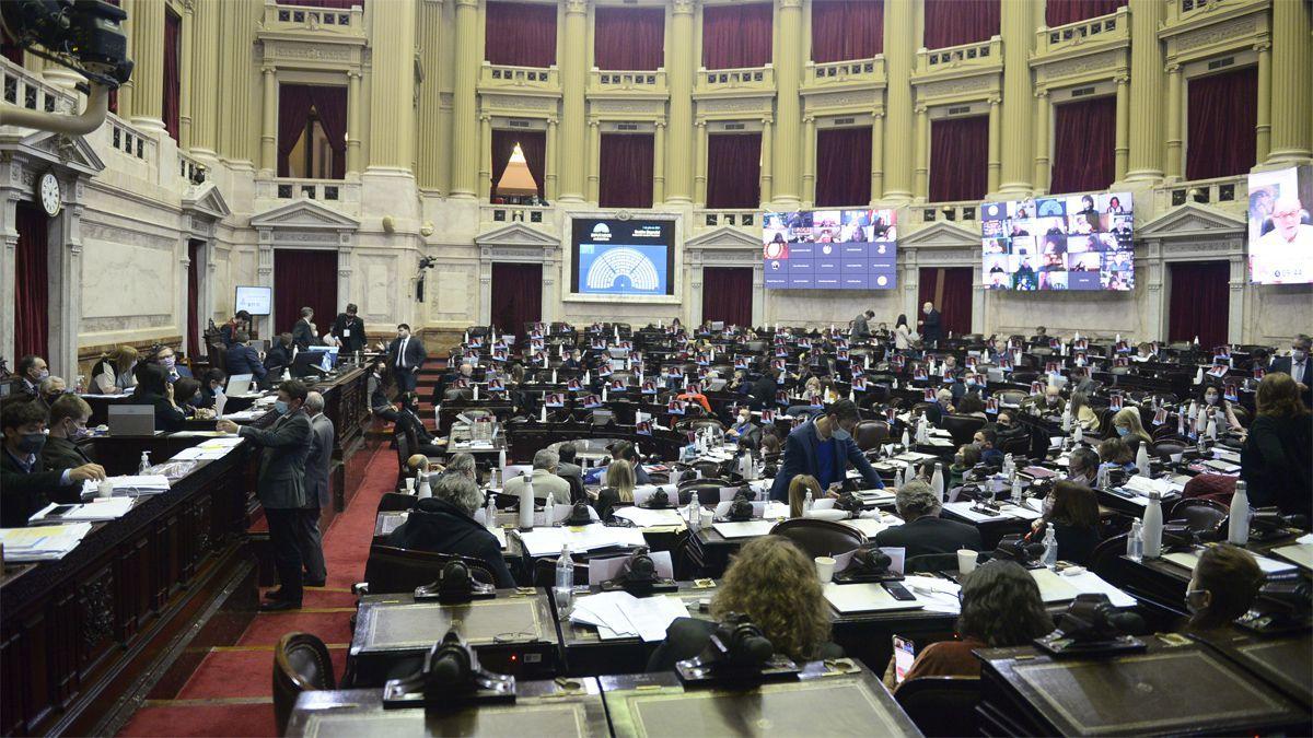 Diputados sesionaría presencialmente en las próximas semanas