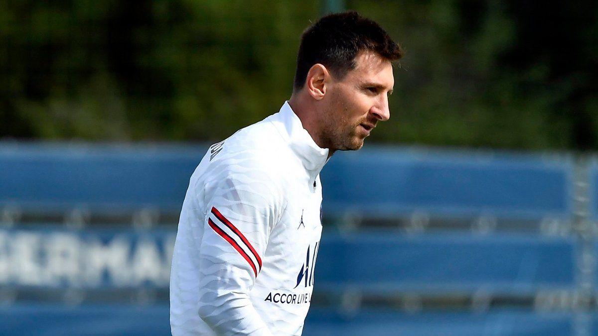 Messi podría debutar este domingo en el PSG