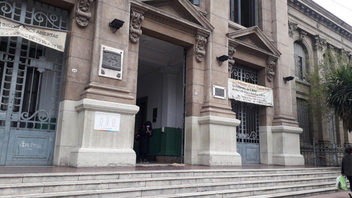 Qué opinan los docentes en Córdoba por la vuelta a la presencialidad plena