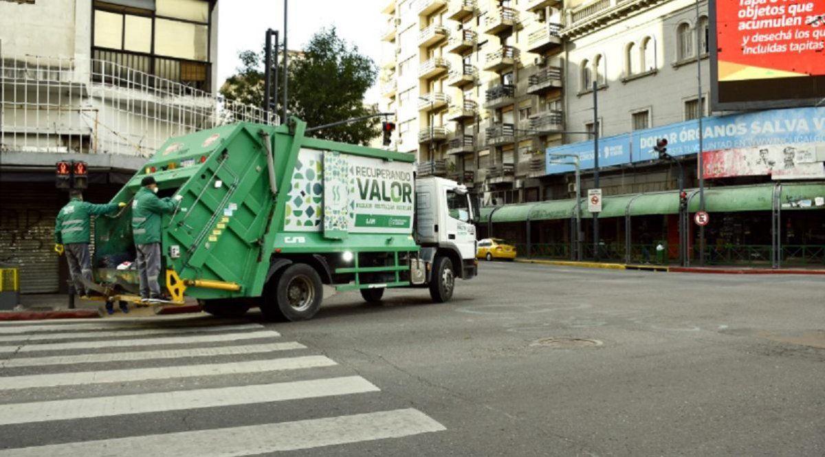 No habrá recolección de residuos ni colectivos durante el sábado.