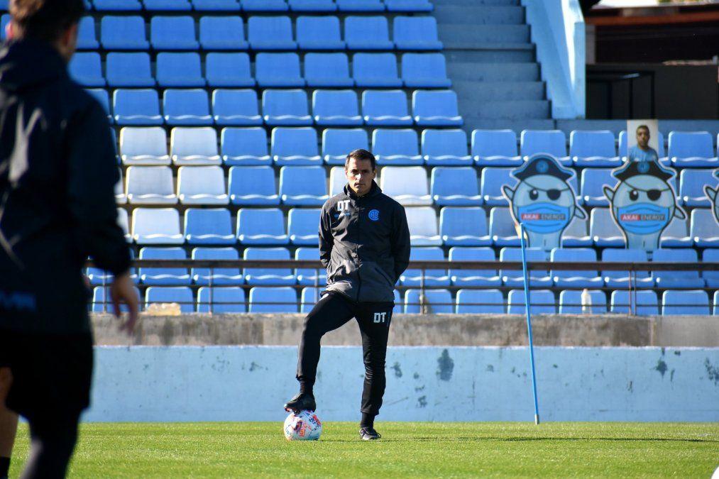 Guillermo Farré alinearía a los mismos once en Belgrano para enfrentar a Mitre.