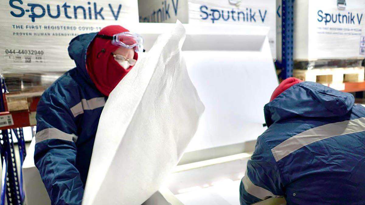 Señalan que el intervalo entre dosis de la Sputnik V puede ser de hasta tres meses.