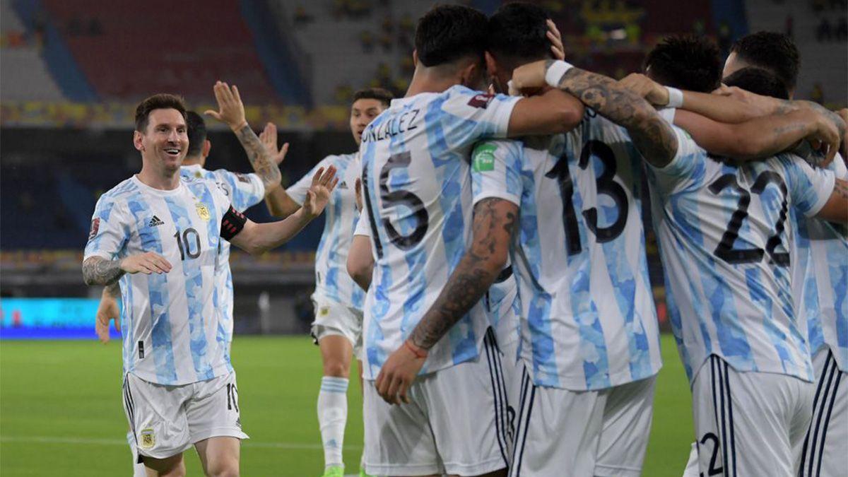 Con Messi y la vuelta de Dybala, Scaloni dio la lista para la triple fecha de Eliminatorias