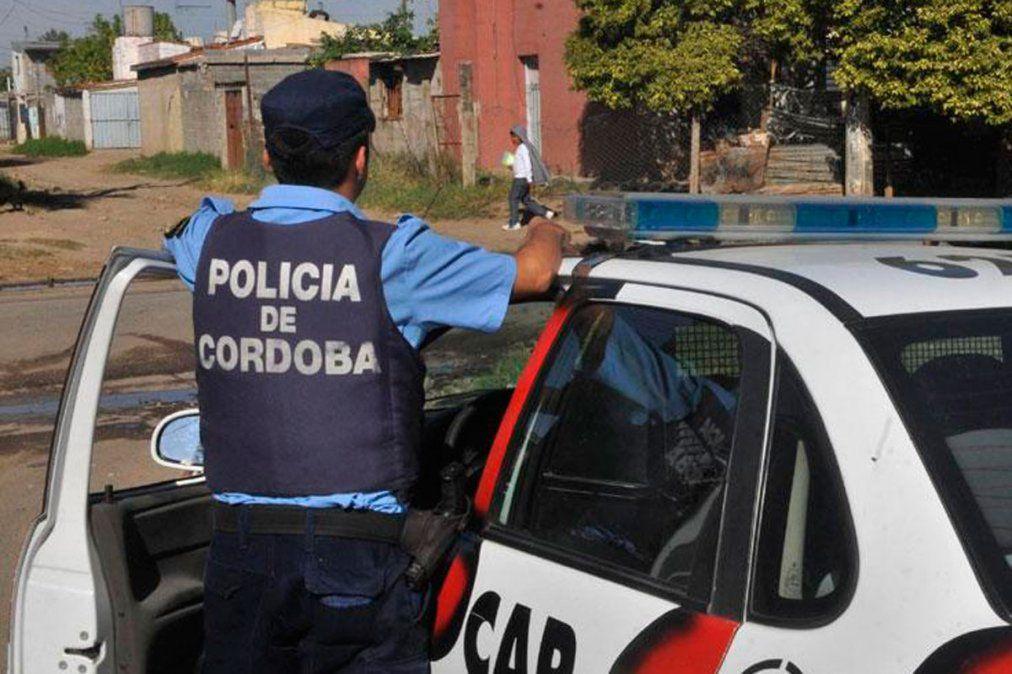 Un policía mató a su mujer y luego se suicidó en Silvio Pellico