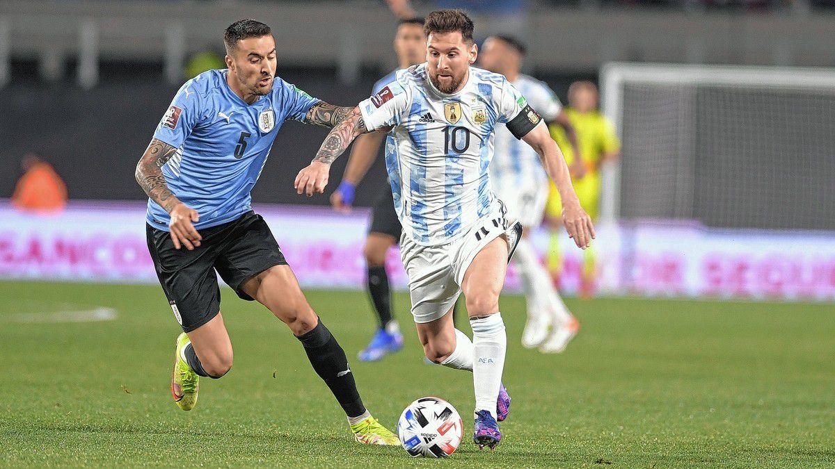 Argentina goleó a Uruguay en el Monumental