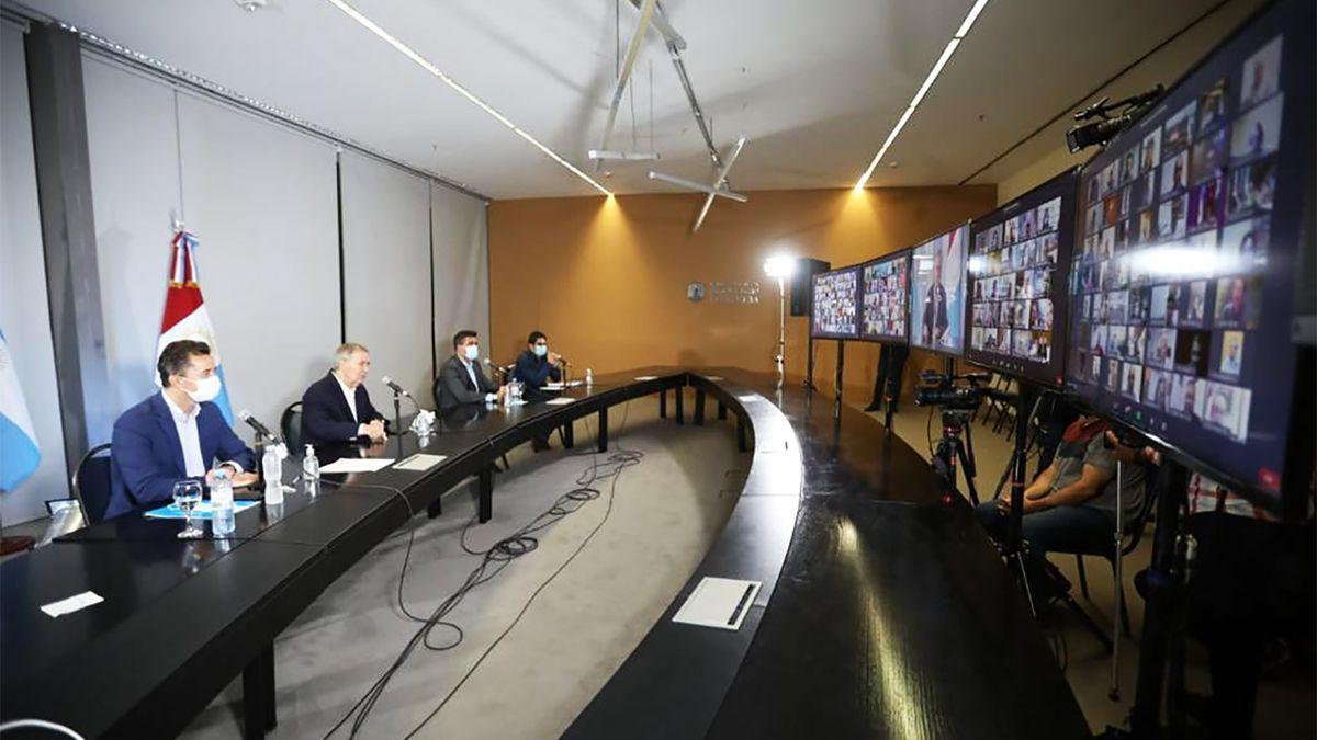 Seguí la conferencia de prensa con las nuevas medidas en Córdoba