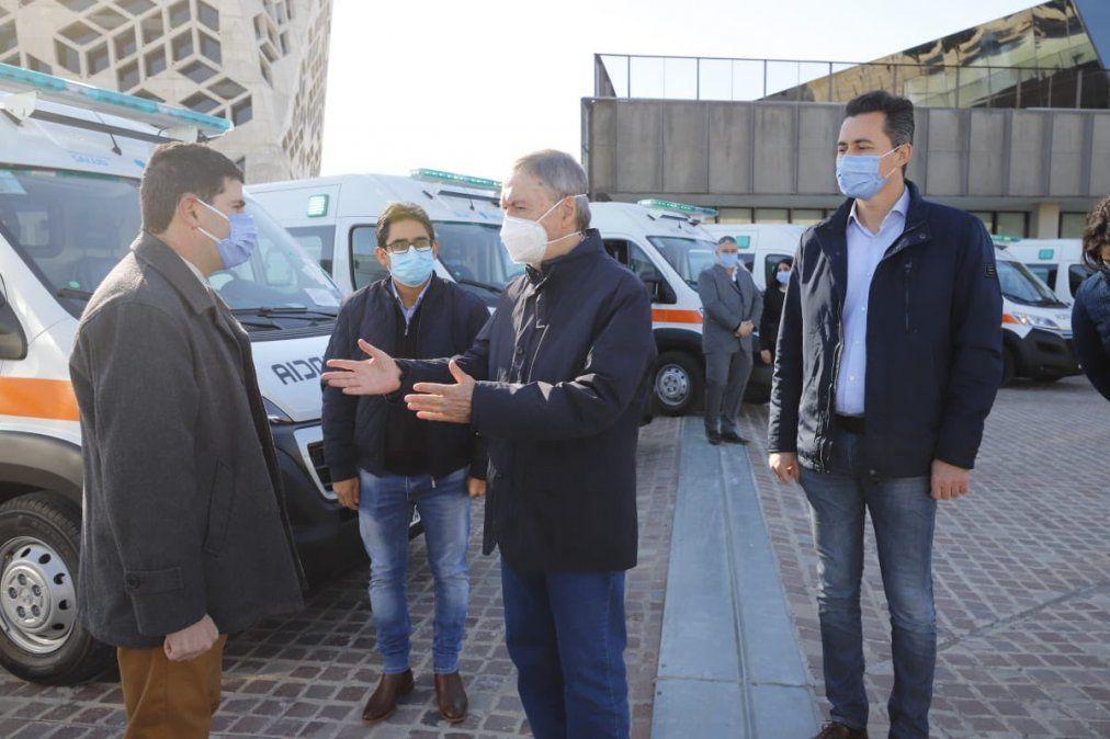 Entregaron 10 ambulancias de alta complejidad para el interior de Córdoba