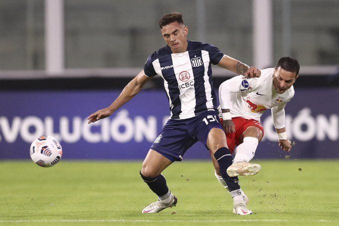 Talleres supera 2 a 0 a San Lorenzo al finalizar el primer tiempo