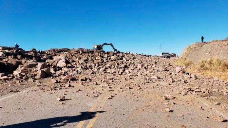 Corte en Camino de las Altas Cumbres por obras viales