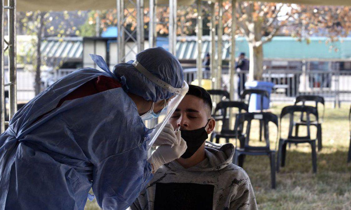 Córdoba reportó 18 muertos y 1.787 nuevos casos de coronavirus en las últimas 24 horas.