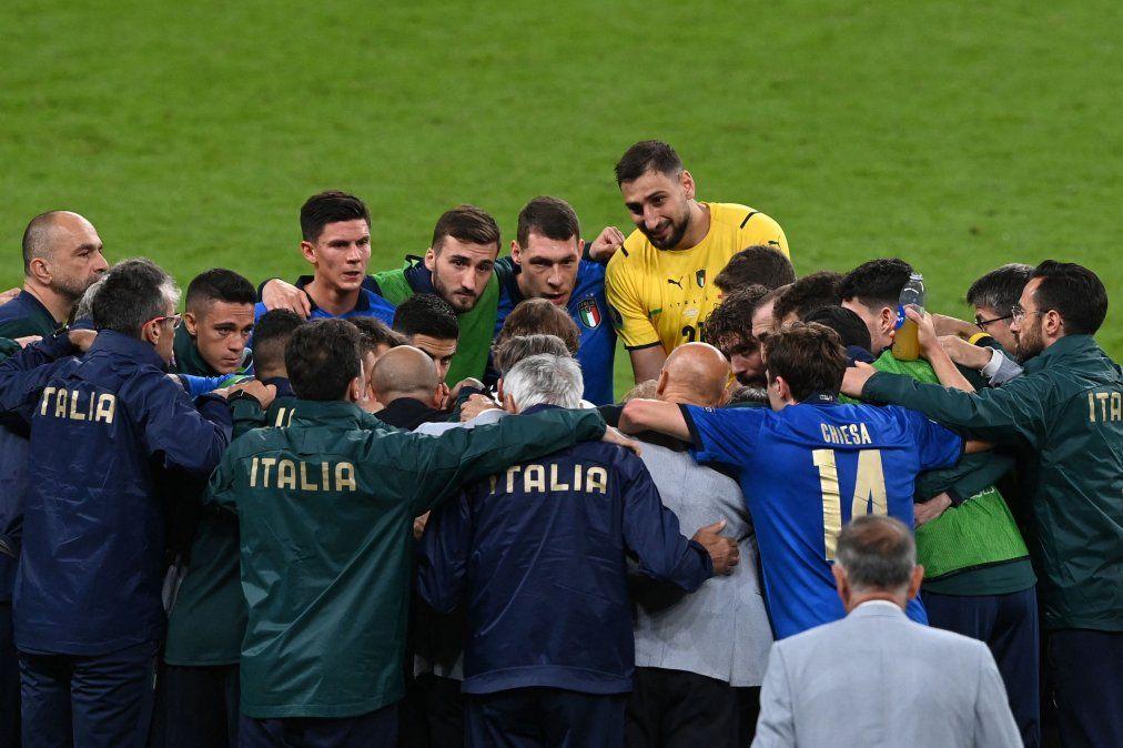 Italia venció a España en los penales y clasificó a la final de la Eurocopa.