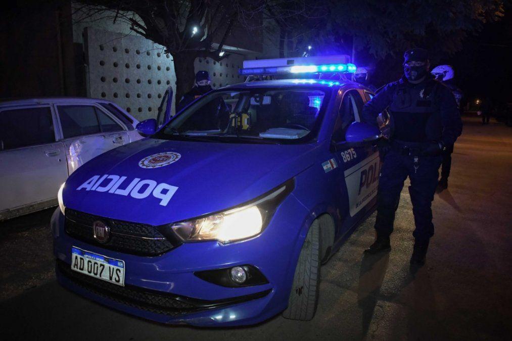 Desbaratan fiestas clandestinas de hasta 200 personas en Córdoba