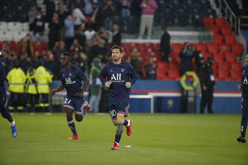 Messi será titular por primera vez en el Parque de los Príncipes