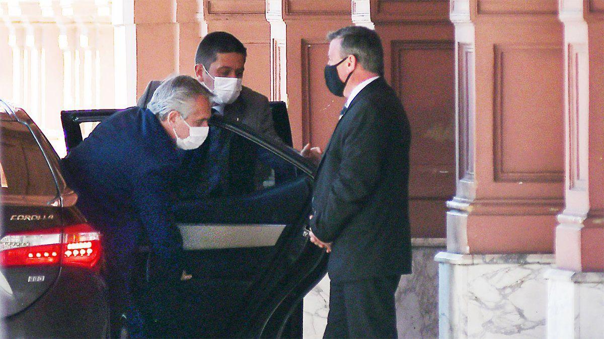 Alberto Fernández le tomará juramento a los nuevos ministros