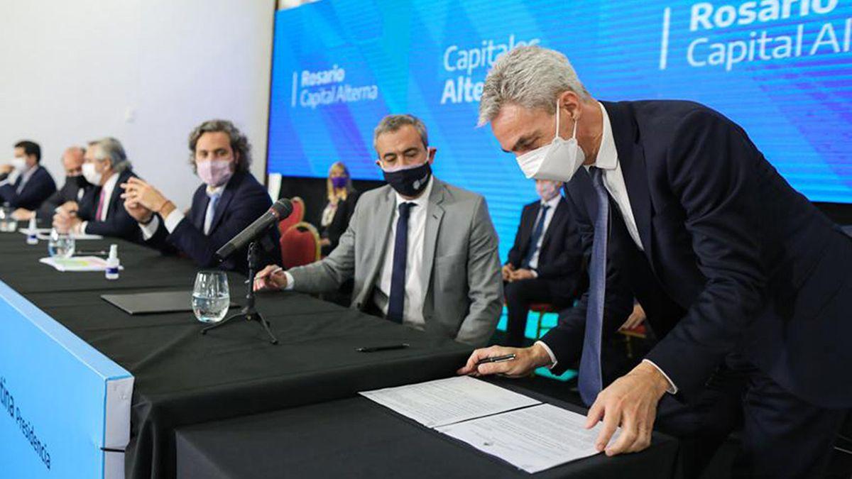 Meoni estuvo en Rosario participando de la reunión de gabinete federal.