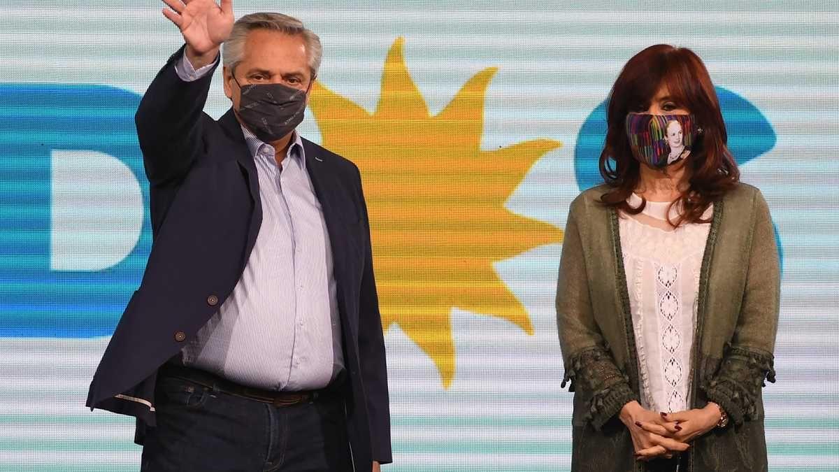 Funcionarios nacionales pusieron sus renuncias a disposición de Alberto Fernández