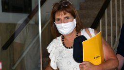 La presidenta del PRO, Patricia Bullrich, cuestionó el programa de viajes de egresados gratis lanzado por el gobernador bonaerense, Axel Kicillof.