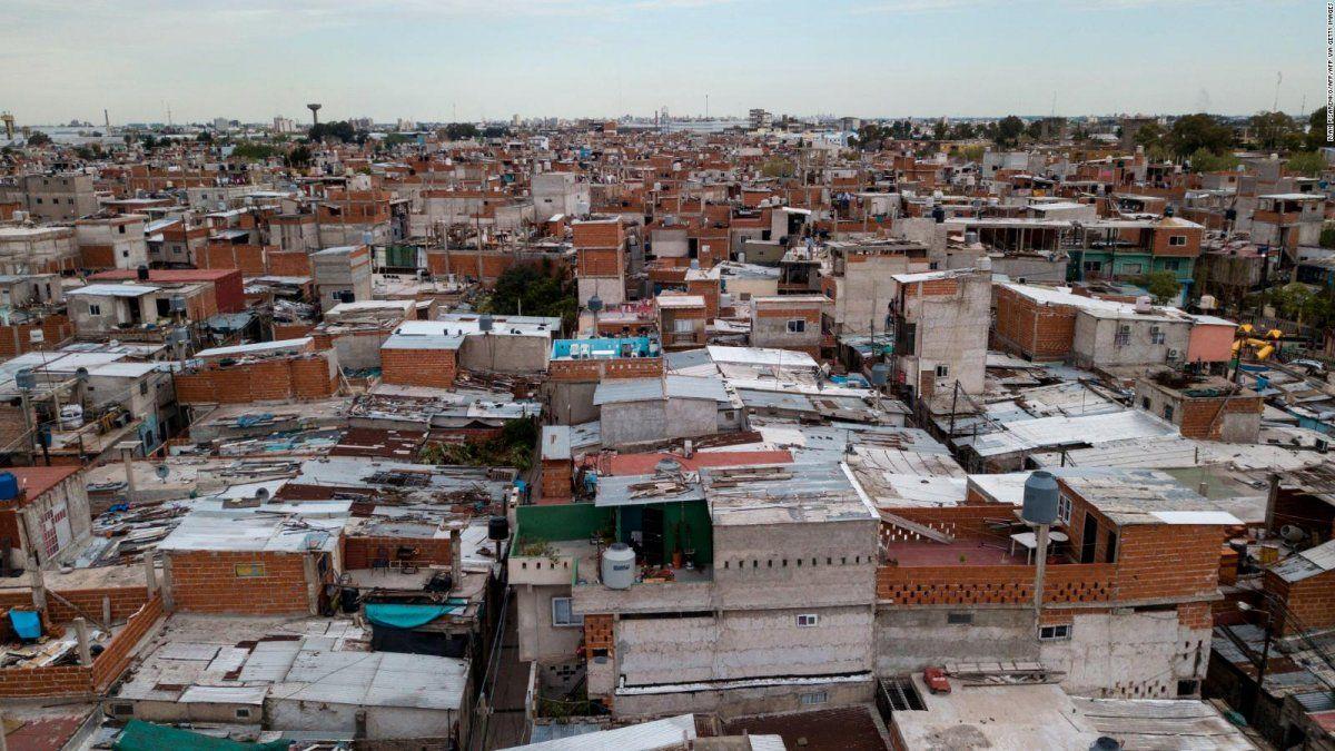 El 40,6% del país bajo la línea de pobreza: qué opinan en Córdoba