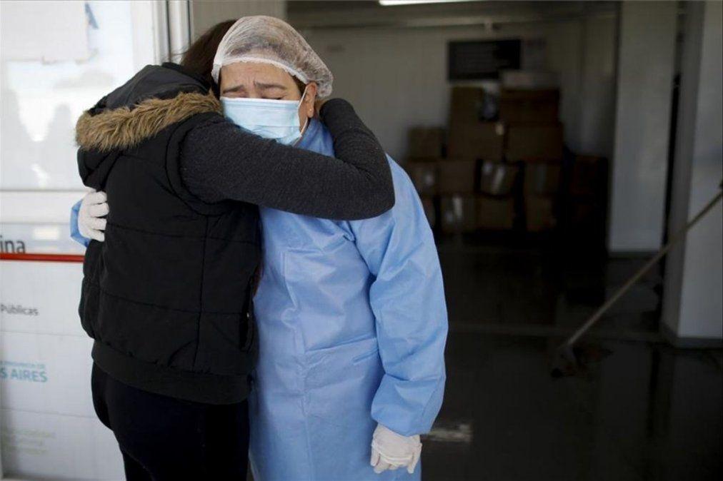 Argentina superó los 100 mil muertos por coronavirus. El 5
