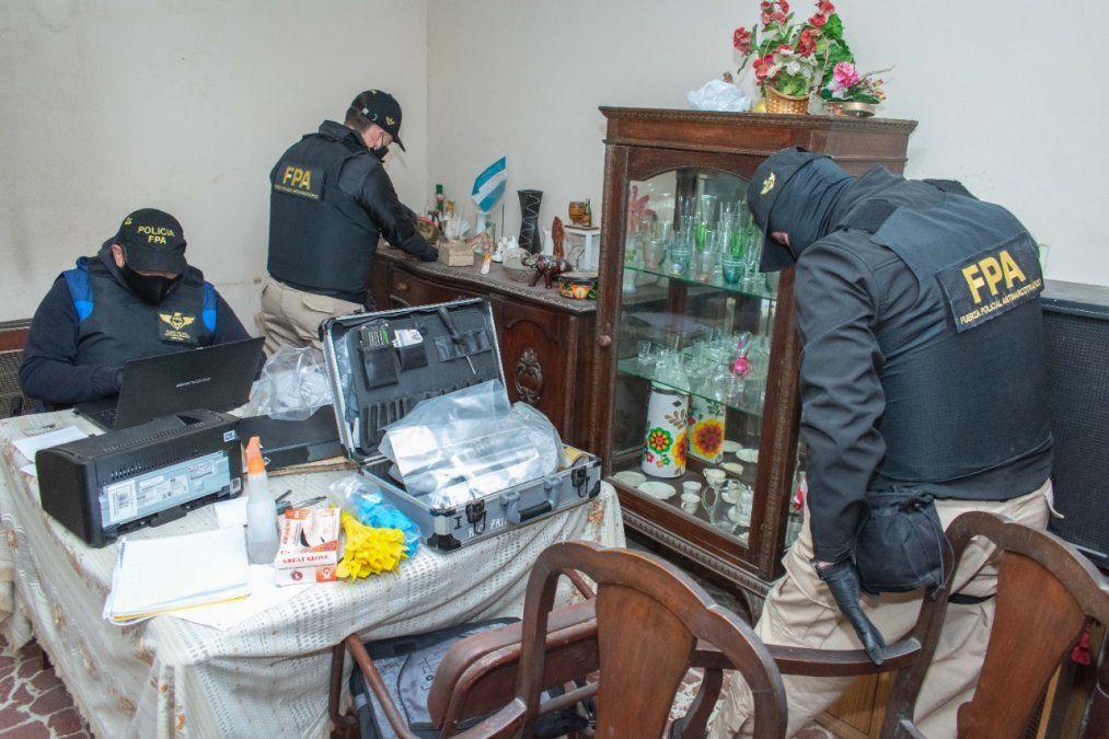 Cuatro detenidos en seis allanamientos en Río Tercero y Calamuchita por venta de drogas