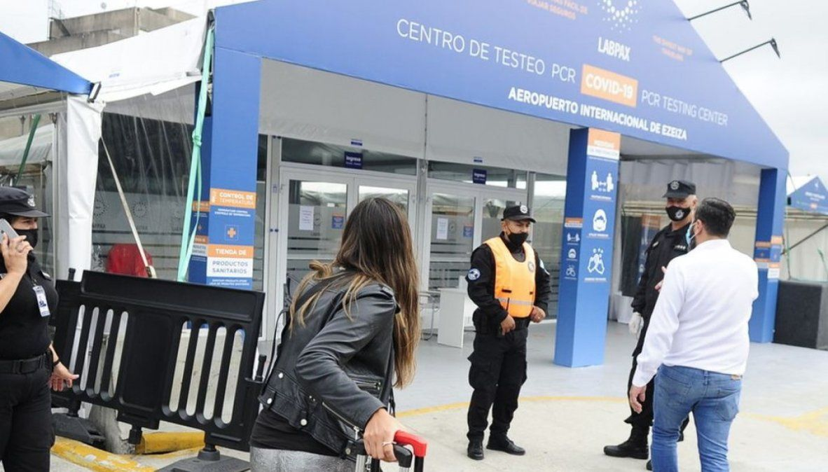 Migraciones denunció más de 140 violaciones de cuarentena de pasajeros del exterior