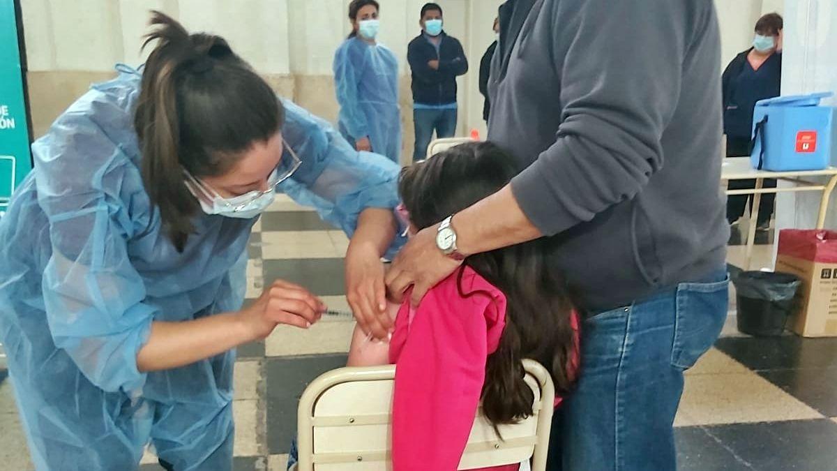Córdoba comenzó la vacunación para menores de 3 a 11 años