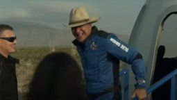 Jeff Bezos despegó desde Texas a bordo del New Shepard y por algunos minutos pudo divisar el esplendor del planeta Tierra desde el espacio exterior.