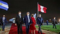 El presidente Alberto Fernández arribó anoche junto a la primera dama, Fabiola Yañez, a la República del Perú para asistir a la ceremonia de transmisión de mando al presidente electo de ese país, José Pedro Castillo Terrones.