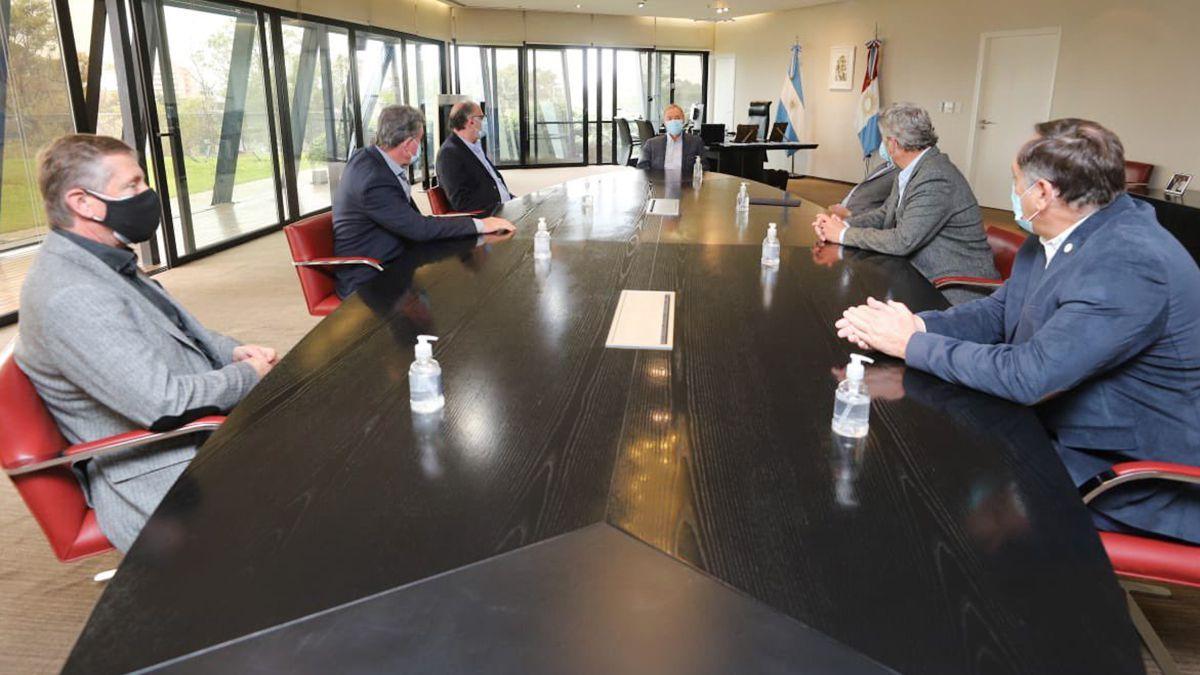 El gobernador recibió a la Mesa de Enlace en el Centro Cívico de Córdoba.