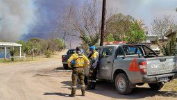 Por el incendio forestal que se registra en la zona de Caminiaga, la Dirección General de Protección Civil de la Provincia dispuso la evacuación preventiva y por seguridad de los habitantes
