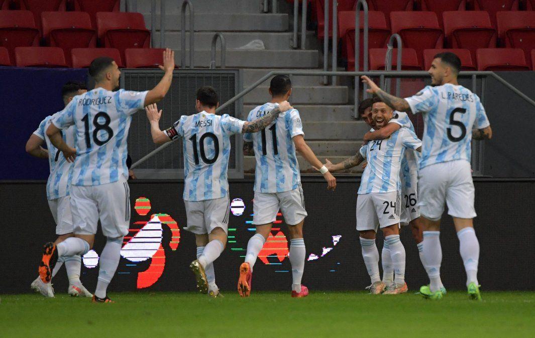 Argentina anotó temprano y venció a Paraguay