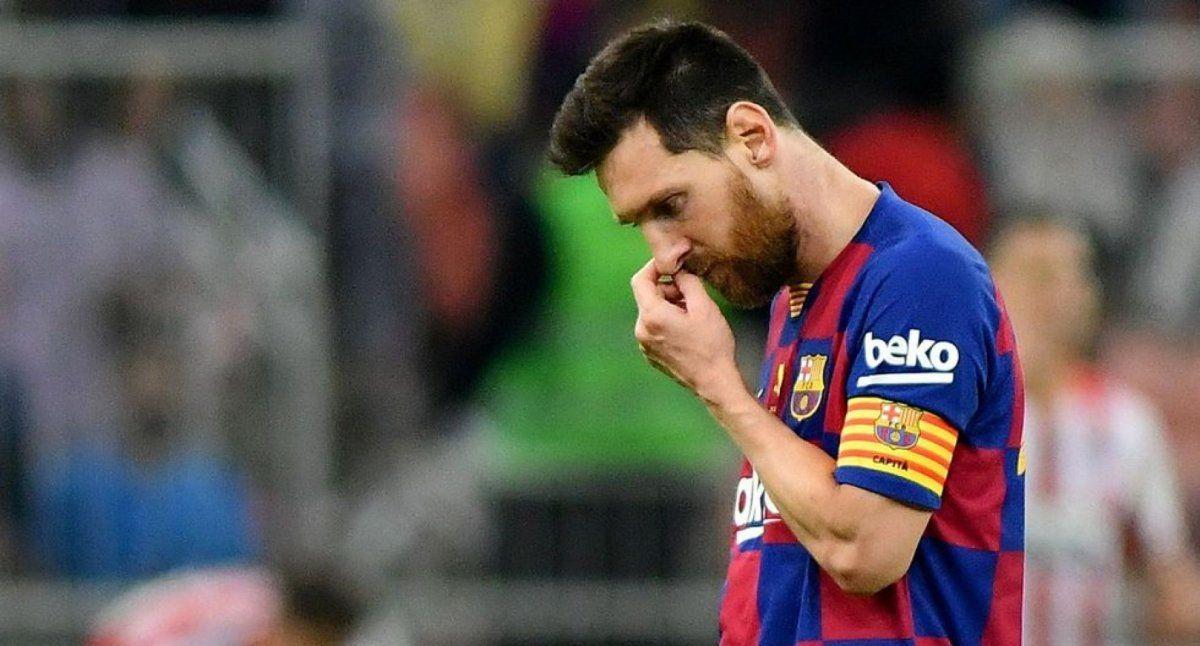Lionel Messi quedó libre del Barcelona.