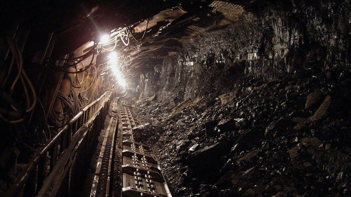Doce muertos por explosión en una mina ilegal de carbón en Colombia