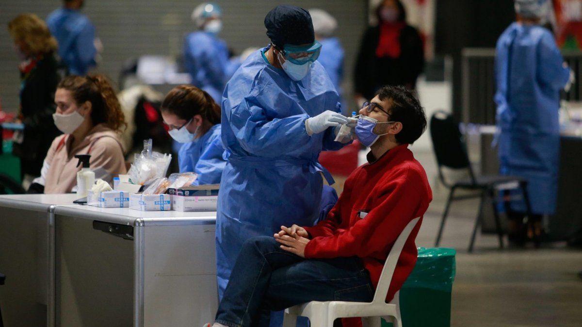 Córdoba reportó 2 muertes y 76 nuevos casos de coronavirus en las últimas 24 horas.