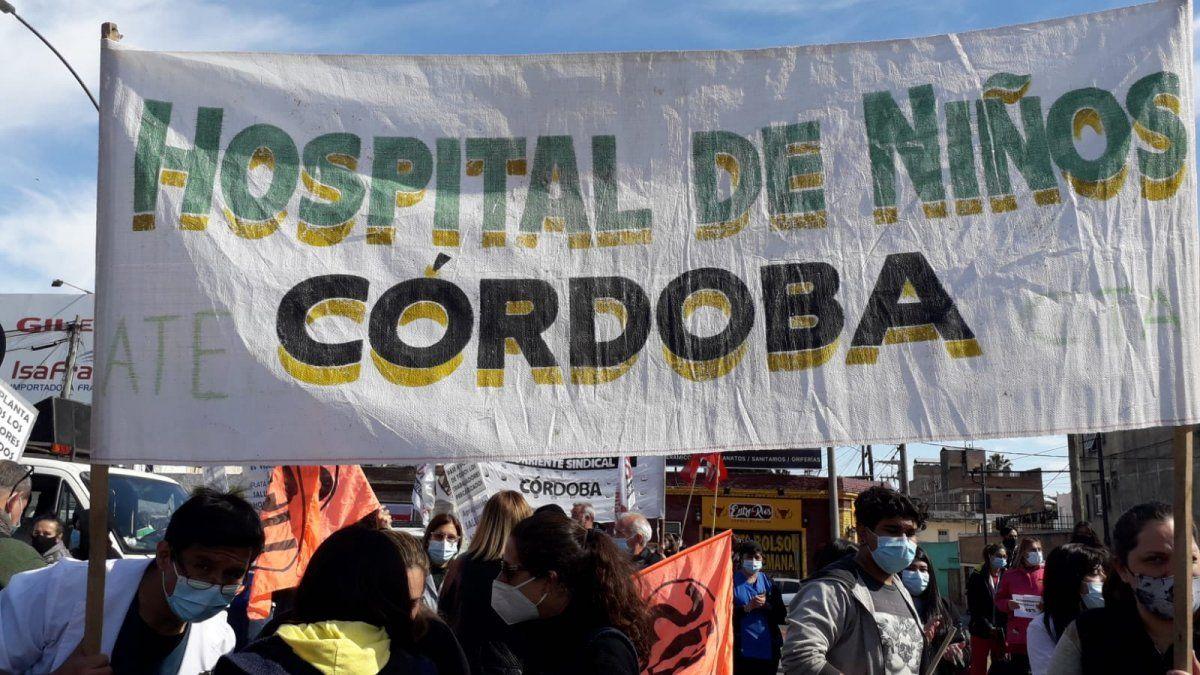 Trabajadores de Salud se movilizan por Córdoba