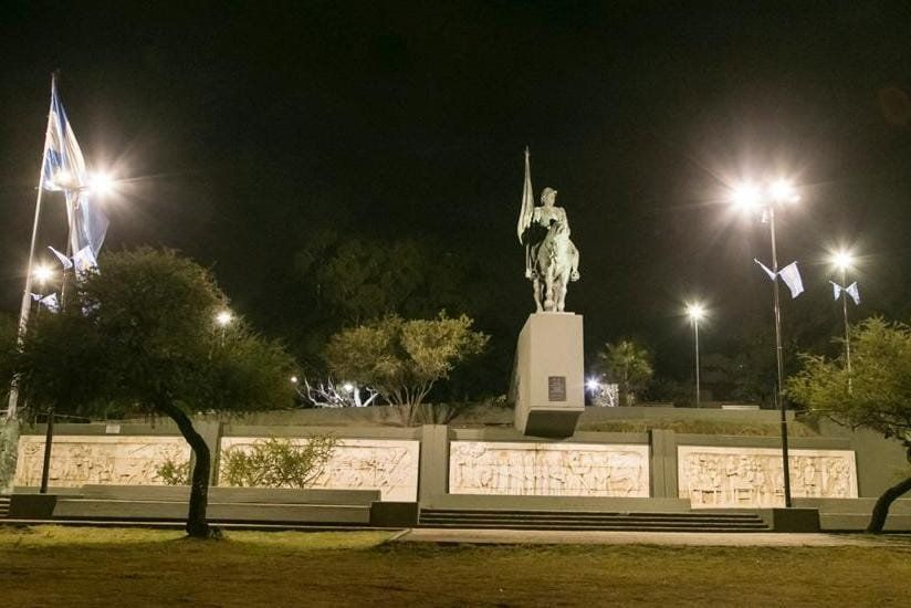El Ente BioCórdoba renovó el sistema lumínico del monumento al General Manuel Belgrano