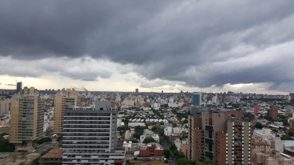 Rige una alerta amarilla por fuertes tormentas para el centro y sur de Córdoba