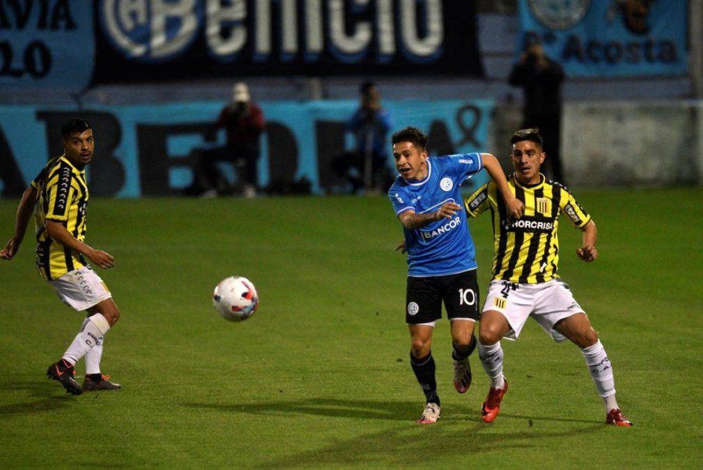 Belgrano recibe a Riestra con su público en Alberdi