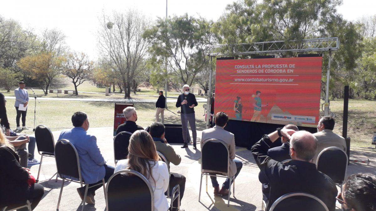 Presentaron el mes de los senderos en Córdoba
