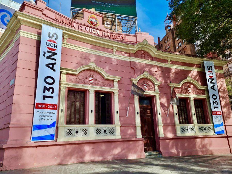Políticos cordobeses saludaron a la UCR por sus 130 años