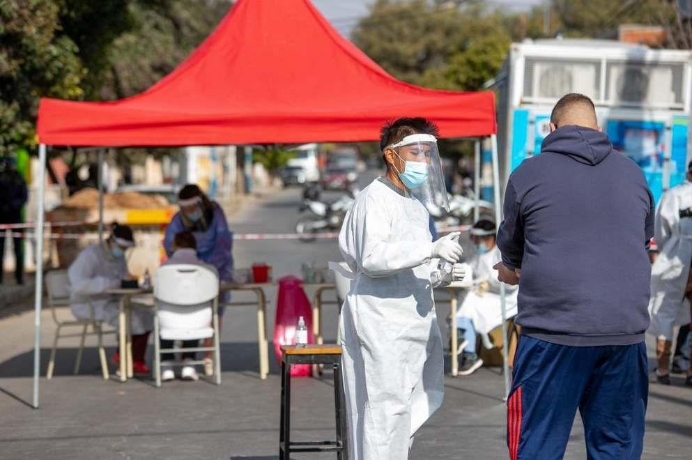 El Gobierno de Córdoba busca casos positivos en los barrios y a quienes no estén vacunados